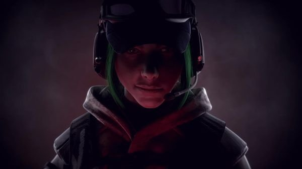 Hibana and Ela are hugely popular Siege Operators